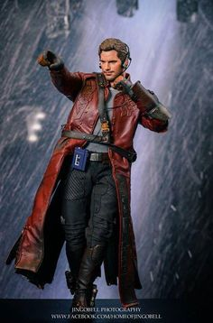 Hot Toys' Star Lord Figure Is Absolutely Stunning. From Marvel Guardians of the Galaxy. A statue of Chris Pratt as Star Lord. Marvel Heroes, Marvel Characters, Marvel Movies, Marvel Dc, Star Lord, 3d Figures, Action Figures, Action Toys, Gi Joe
