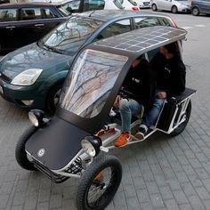 Our first DUO Moke Velocar Prototype! The Prototype is in the making, stay tuned! Electric Cargo Bike, Electric Tricycle, Electric Cars, Trike Bicycle, Motorcycle Bike, E Quad, Reverse Trike, Pedal Cars, Cool Bicycles