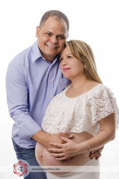#embarazos #sesionenestudio #fotografia #bebe #itsagirls #essencefoto #essencepty #essence #fotomama #futurospadres #niña #lovefamily #love #Premama