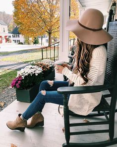 Floppy hat, cardigan, ripped jeans, and booties