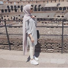 Hijabista fashion looks http://www.justtrendygirls.com/hijabista-fashion-looks/