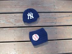 FREE SHIPPING Newborn NY Yankees baby cap and diaper cover,crochet baby cap,crochet baby diaper cover ,Baseball beanie New York hat by Etvy on Etsy