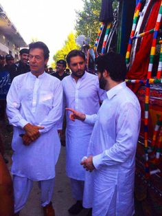 Inran Khan , Shahid Afridi & Javed Afridi In Peshwar Yesterday  To Support tameer-e-school capaign all across kpk