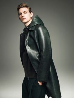 Leather & more : Photo