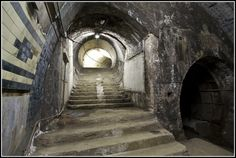 aldwych underground station london