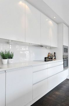 14 Modern White Kitchen Design Ideas