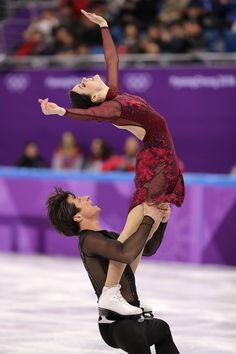 Tessa Virtue and Scott Moir of Canada compete in the Figure Skating Team Event – Ice Dance Free Dance on day three of the PyeongChang 2018 Winter Olympic Games at Gangneung Ice Arena on February 12, 2018 in Gangneung, South Korea. - Figure Skating - Winter Olympics Day 3