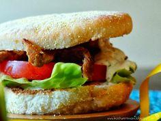 Fingerfood, Burger, Gyrosburger, Gyros, Toasties, Joghurt-Knoblauch-Soße, Essen auf die Hand, Partyfood, Partyessen, Partyrezepte, Fernsehsnack, für Gäste, Kochen & Genießen