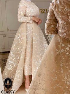 Muslim Prom Dress, Hijab Prom Dress, Muslim Evening Dresses, Hijab Evening Dress, Prom Dresses Long With Sleeves, Fancy Dress Design, Stylish Dress Designs, Pretty Prom Dresses, Dress Clothes For Women