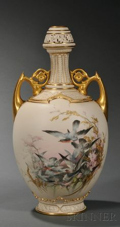 This bottle-formed Worcester porcelain vase, circa enameled with birds in flight by Charles Baldwyn Porcelain Jewelry, Fine Porcelain, Porcelain Ceramics, Painted Porcelain, Porcelain Tiles, Ceramic Bowls, Ceramic Art, Downton Abbey Fashion, China Painting