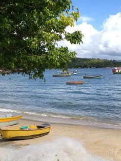 Praia do Araçá em Porto Belo, SC