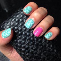Lotus  Bubblegum Jamberry nail wraps. Nopolishnoproblem.com