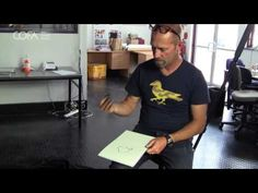 ▶ Charcoal - Peter Sharp - Drawing Essentials - YouTube (7:49)