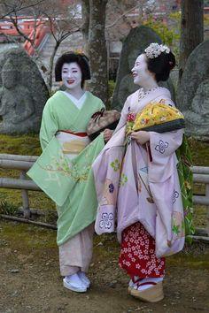 Geiko & Maiko — April 2017: Geiko Miharu (Okatome Okiya) and Maiko...