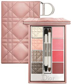 Kit Maquiagem Voyage Cannage Nude Pallete Pouch Dior - Dior Makeup - Ideas of Dior Makeup - Kit Maquiagem Voyage Cannage Nude Pallete Pouch Dior Givenchy Beauty, Dior Beauty, My Beauty, Beauty Makeup, It Cosmetics Brushes, Makeup Cosmetics, Dior Makeup, Eye Makeup, Makeup Set