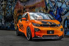 Studie presented a body kit for the BMW i3. The German city electric car is painted in orange with black details, it features new bumpers, lower suspension by 30 mm, new wheels and a spoiler.