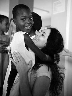 Read about actress Madeleine Stowe's inspiring visit to Haiti with Artists for Peace and Justice http://www.people.com/people/article/0,,20557812,00.html