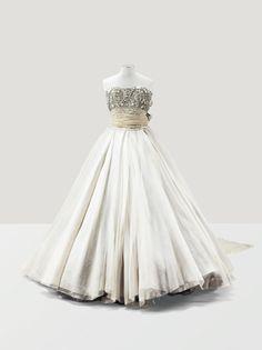 Christian Dior Haute Couture by Gianfranco Ferré, Autumn-Winter 1989-1990  €3,500- 4,500  Sotheby's Auction House