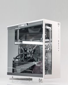 Some have asked without a wooden panel. Gaming Pc Build, Computer Build, Gaming Pcs, Gaming Station, Gaming Room Setup, Pc Setup, Computer Case, Gaming Computer, Diy Pc