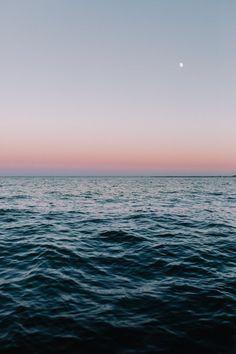 Virginia Coast Norfolk VA United States iPhone X Wallpapers Norfolk, Ocean Wallpaper, Nature Wallpaper, Mobile Wallpaper, Virginia, Ocean Photography, Photography Tips, Wedding Photography, Sea And Ocean