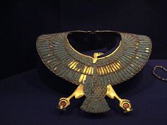 «Psusennes» — серебряный фараон с богатством, которое конкурирует с богатством Тутанхамона.
