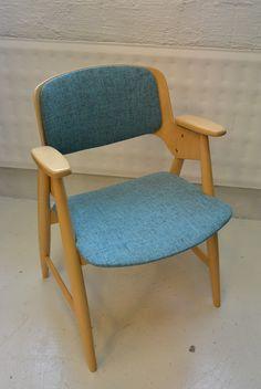 Olof Ottelin Status tuoli, verhoiltu uudelleen MYYTY