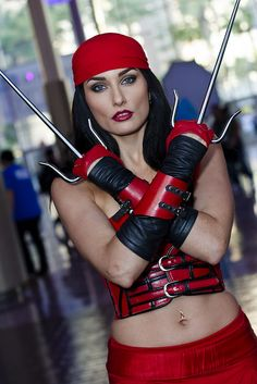 Character: Elektra / From MARVEL Comics 'Daredevil' / Cosplayer: Tatiana DeKhtyar www.wonderlandradio.com Wonderland Radio