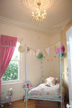 vintage little girl's room