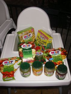 We started weaning Esther and William over a year ago now. As someone who is not at all confident in the kitchen I have always relied on ready made baby foods and particularly those from Hipp Organ... 👍 Pin for later! ⏳ best formula for babies, similac formula, enfamil infant, milk powder for baby, baby hipp Old Recipes, Baby Food Recipes, Hipp Baby, Similac Formula, Fresh Dates, Stuffed Pasta Shells, Baby Foods, Keeping Healthy, Powdered Milk