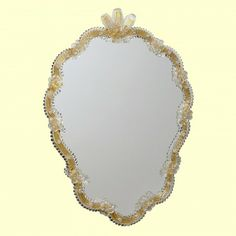 Murano Glass Mirror. Artistic #Murano's  #mirror worked exclusively by hand with the ancient art of #MuranoGlass masters. Each item can be customized by selecting color and size The gold used for processing in gold is 24 K. Each #mirror comes with certificate of authenticity.  The sizes and colors can be customized as you wish, please contact us directly by phone or email for a quote.