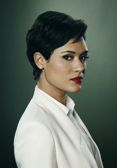 Grace Gealey Grace was born in Butler, Pennsylvania. She is an actress, known for Empire, The Insider, The View and The Meredith Vieira Show. Grace Gealey, Beautiful Black Women, Beautiful People, Beautiful Ladies, Empire State Of Mind, My Hairstyle, Actors & Actresses, Short Hair Styles, Hair Cuts