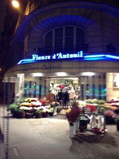 A flower market in Paris