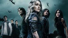 The 100, série sci-fi do canal CW, ganhará tons mais épicos em sua terceira temporada, que estreará nos EUA dia 21 de janeiro de 2016: