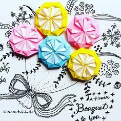 めずらしくユニットおりがみ作ってるけど、やっぱりお花に見えるなー。ハナタバヲキミニ〜〜(^.^) #papercraft #paperflowers #illustration #origami #bouquet #おりがみ #お花 #ブーケ #イラスト #ユニット折り紙