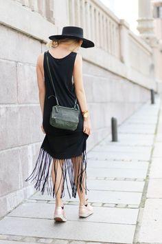 #ParisFashionWeek #StreetStyle #Fashion #Fashionista #Lookoftheday #fashionicon #New on #STYLEDUMONDE