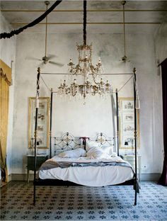 Chandelier and four-post bed the hacienda of Jorge Marín, Mèrida, Mexico - refurbished room at the Coqui Coqui guesthouse, inspired by the belle époque period Dream Bedroom, Home Bedroom, Master Bedroom, Bedroom Decor, Bedroom Ideas, Fantasy Bedroom, Bedroom Designs, Bedroom Wall, Bedding Decor