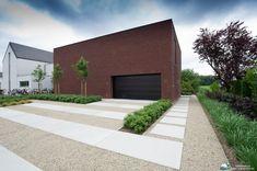 Garden Fencing, Garden Paths, Dream Garden, Home And Garden, Landscape Design, Garden Design, Modern Driveway, Paver Patterns, Garden Architecture