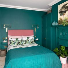IKEA - Looking for teal bedroom ideas? drift off in a snug yet stylish sanctuary. Go all-out and paint the entire room teal or just add teal soft furnishings. Modern Vintage Bedrooms, Bedroom Vintage, Bedroom Wall Colors, Bedroom Color Schemes, Bedroom Ideas, Colour Schemes, Colourful Bedroom, Rustic Bedroom Design, Farmhouse Bedroom Decor