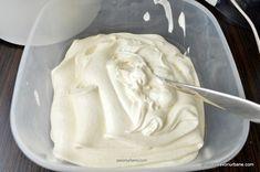 Inghetata de vanilie extra cremoasa de casa - reteta de baza | Savori Urbane Dessert Bars, Icing, Desserts, Food, Meal, Deserts, Essen, Hoods, Dessert