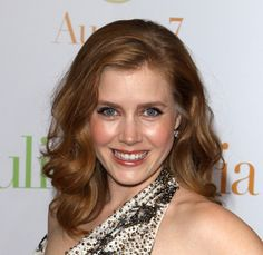 Amy Adams long side swept hairstyle