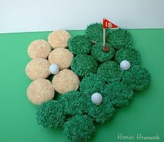 Golf Themed Cupcakes - Father's Day... My dad would love this; if only he had a daughter that was capable of doing it...