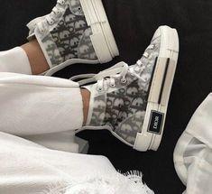 these dior kicks are insane Dr Shoes, Swag Shoes, Nike Air Shoes, Hype Shoes, Adidas Shoes, Me Too Shoes, Shoes Sneakers, Chanel Sneakers, Sneakers Women