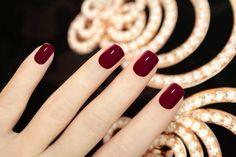 manicura-burdeos-rojo-tendencia-trendi manikűr-burgundi (700x466, 265Kb)