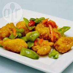 Chinesisches Orangenhähnchen / Hähnchen in einer köstlichen Orangensoße wie beim Chinesen. Dazu passt gedämpfter Reis.@ de.allrecipes.com