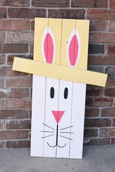 We've gathered 25 Easter bunny craft ideas for you to do at home! These Easter bunny decorations are great to make with your children! Easter Arts And Crafts, Easter Projects, Bunny Crafts, Spring Crafts, Holiday Crafts, Holiday Decor, Easter Ideas, Diy Projects, Crafts To Sell