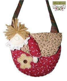 Lady hanging off purse Fabric Purses, Fabric Bags, Handmade Purses, Craft Bags, Patch Quilt, Kids Bags, Beautiful Bags, Kids Gifts, Bag Making