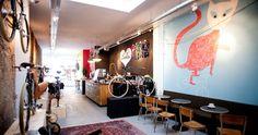 NEW+SPOT:+LOLA+BIKES+&+COFFEE+DEN+HAALola coffee & bikes, noordeinde