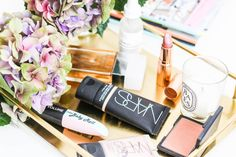 summer time makeup essentials to beat the sweat.