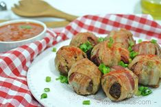 Cheesy Pesto Stuffed Meatballs in Bacon - Low Carb, High Fat