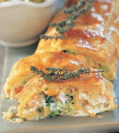 Colorful vegetable strudel with QimiQ More from my sitePuff pastries What you need for the skewers: – Puff pastry -…Turkey Roll Ups Recipe (Costco Copycat) Healthy Party Snacks, Healthy School Snacks, Healthy Toddler Snacks, Healthy Meals To Cook, Healthy Snacks For Diabetics, Toddler Food, Budget Freezer Meals, Frugal Meals, Quick Easy Meals